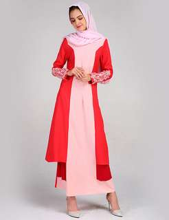 Muslim: Red Layered Flouncing Muslim Long Dress (M / L / XL) - OA/HHE011816