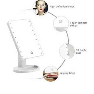 LED MIRROR w/ LIGHT
