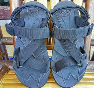 Sandal Gunung Suzuran Edge x Mr1 Full Black
