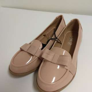 🚚 [Brand New] Peach Bow Loafer