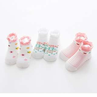 NEW Baby Girl Sock (3 pairs) - 0 to 12 months