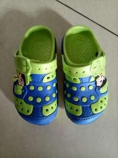 Sandal anak size 27