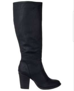 BNWOT WOMENS SPURR KNEE HIGH BLOCK HEEL BOOTS