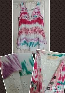 'Atasan batik motif pink'