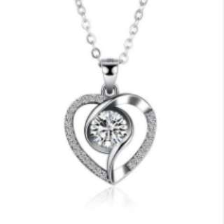 S925 Silver Inlaid Heart-Shaped Necklace