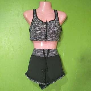 (PAIR) Sport's bra and running shorts