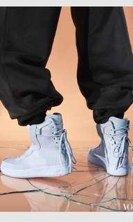 🚚 Nike Air Force 1Sage xx