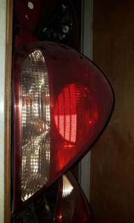 Nissan sunny n16 tail lamp