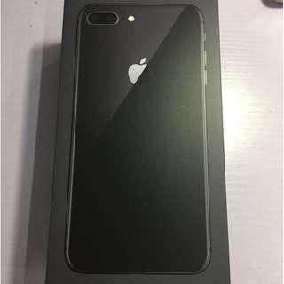 全新原封原裝行貨 iPhone 8,256GB 黑色 5.5寸 超值價$8000,送柔邊全屏防藍光保護貼,三星尿袋5200Mah