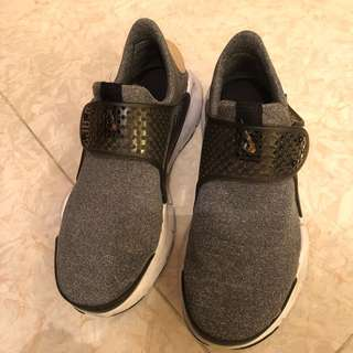 女裝 Nike Sock Dart