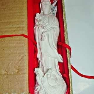 🚚 aaL皮商旋.全新附盒高約29公分南無觀世音菩薩(滴水觀音)佛像!!--莊嚴肅穆表情精緻細膩的藝術品擺飾!