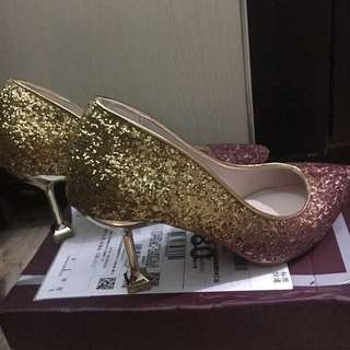 Sepatu hells korea