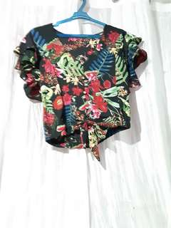 Cropped Floral Prints Top