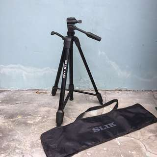 Tripod for camera / DSLR / mirrorless camera