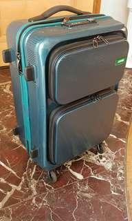 Lojel牌炭carbon fiber 堅硬物料機艙行李箱