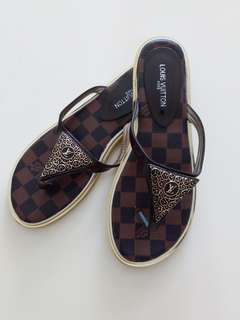 Louis Vuitton woman slippers