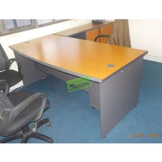 L TYPE OFFICE TABLE WITH MOBILE PED CABINET & SIDE CABINET
