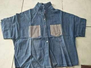 Kemeja biru jeans