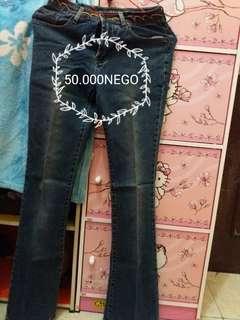 SALE jeans mini cutbray size 26 pinggang bermotif