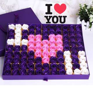 ❓Looking for a set of 99 stalks of handmade soap rose 🌹🌹gift box❓Ideal for Valentine's Day/Marriage Proposal/Birthday/Anniversary 😁 Colour : Romantic Purple & Sweet Pink 👍🏻