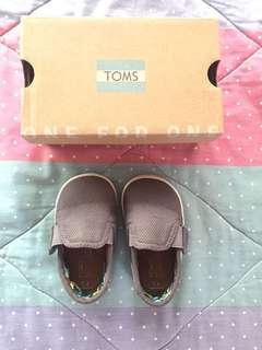 Preloved Toms shoes