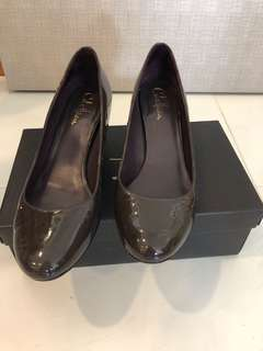 Cole Haan 5cm purple patent leather wedge size 8.5C