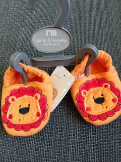 Brand new Mothercare Baby Crib Shoes size 0