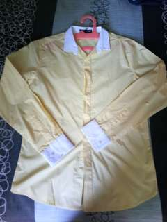 kemeja kuning soft