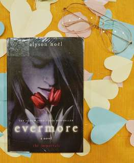 Evermore by Alyson Noel (With Plastic Cover)