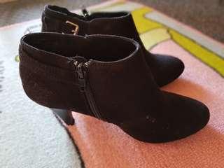 Women new boots