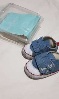 Crib couture shoes size 19
