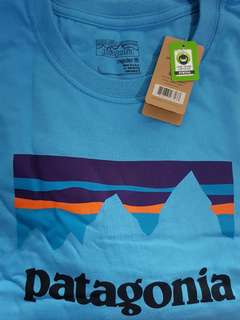 New Authentic Patagonia T-shirt