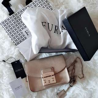 Furla metropolis gold authentic
