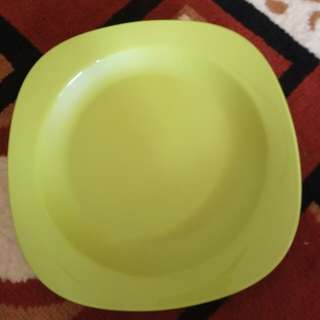 4 pcs Blossom Plate Tupperware