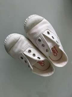 🚚 西班牙製造 Cienta 香香童鞋 白色24號