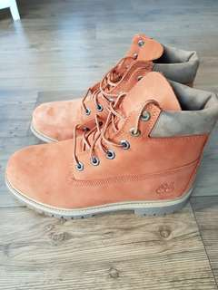 Timberland Waterproof Boots - women or junior