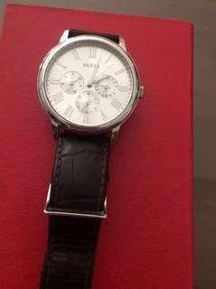 Jam tangan quess bak putih