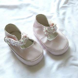Babies shoes 0-6 months