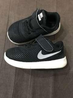 🚚 Nike童鞋13公分