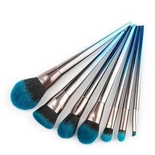 Diamond Shape Makeup Brush