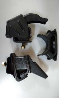 Toyota KE70 Engine Mounting