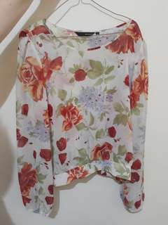 Preloved Blouse cantik bunga2 Invio