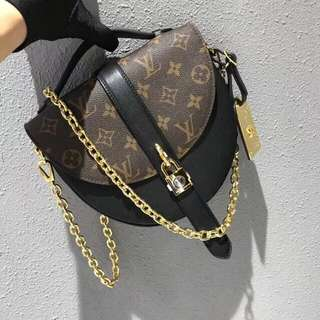 LV Chantilly