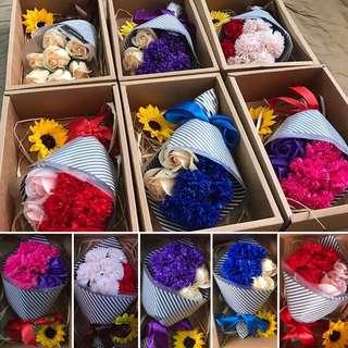 康乃馨香皂花禮盒(母親節)