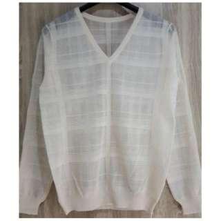 鏤空配條造型 簡約V領針織衫~全新商品