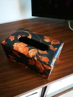 towel box