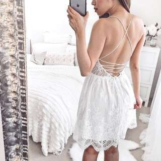 INSTOCKS Kelda Crochet Lace Dress