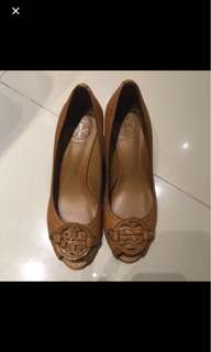TORY BURCH BROWN size 7.5