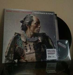 LP CD Manic Street Preachers. Resistance is futile. Vinyl. Piring hitam. Record.