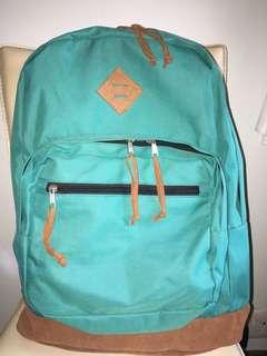 超大容量背包